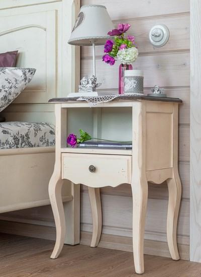 Прикроватные тумбочки в дизайне спальни