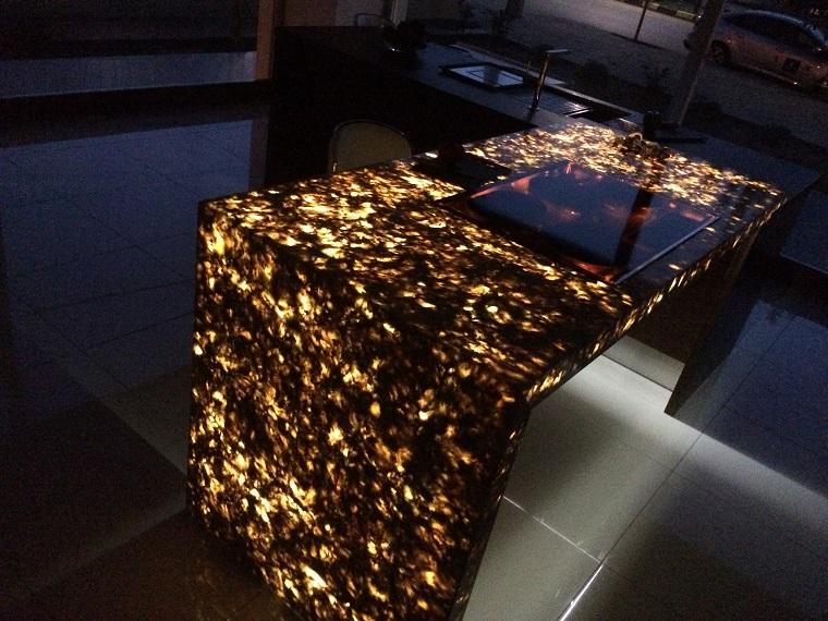 можно светящийся стол своими руками фото может